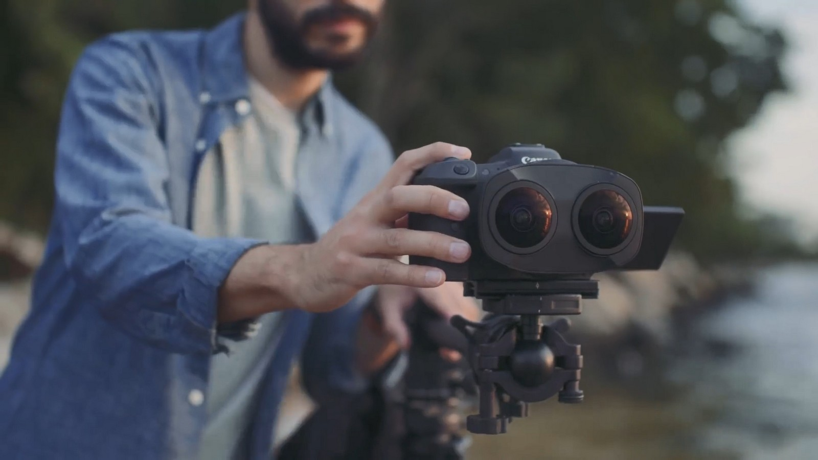 Objektiv Canon duální rybí oko 5,2 mm f/2,8. Foto 14