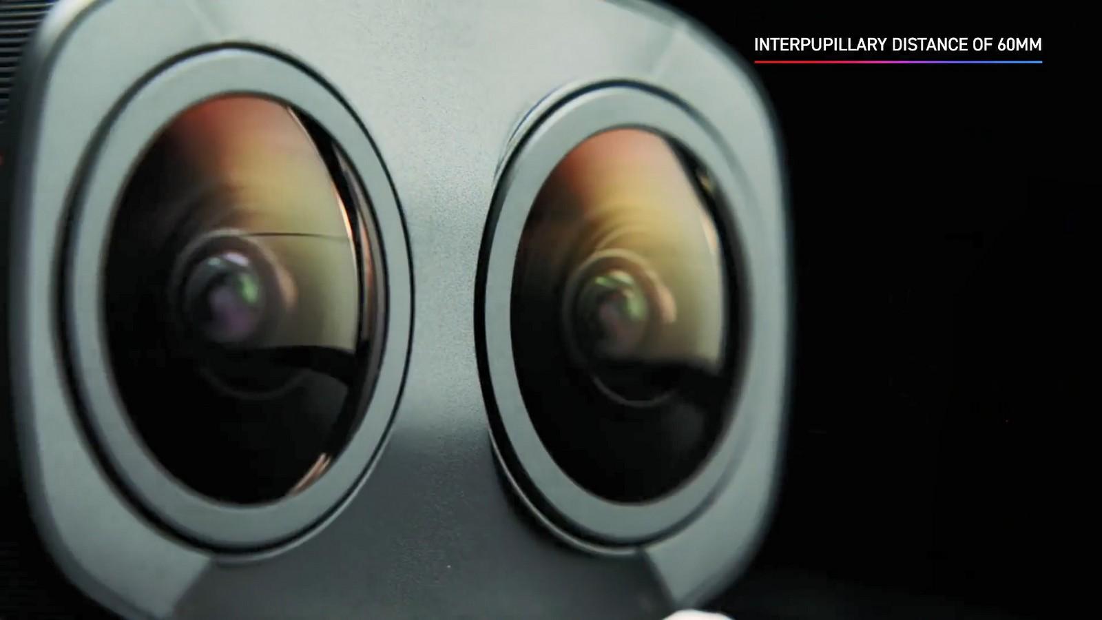 Objektiv Canon duální rybí oko 5,2 mm f/2,8. Foto 5