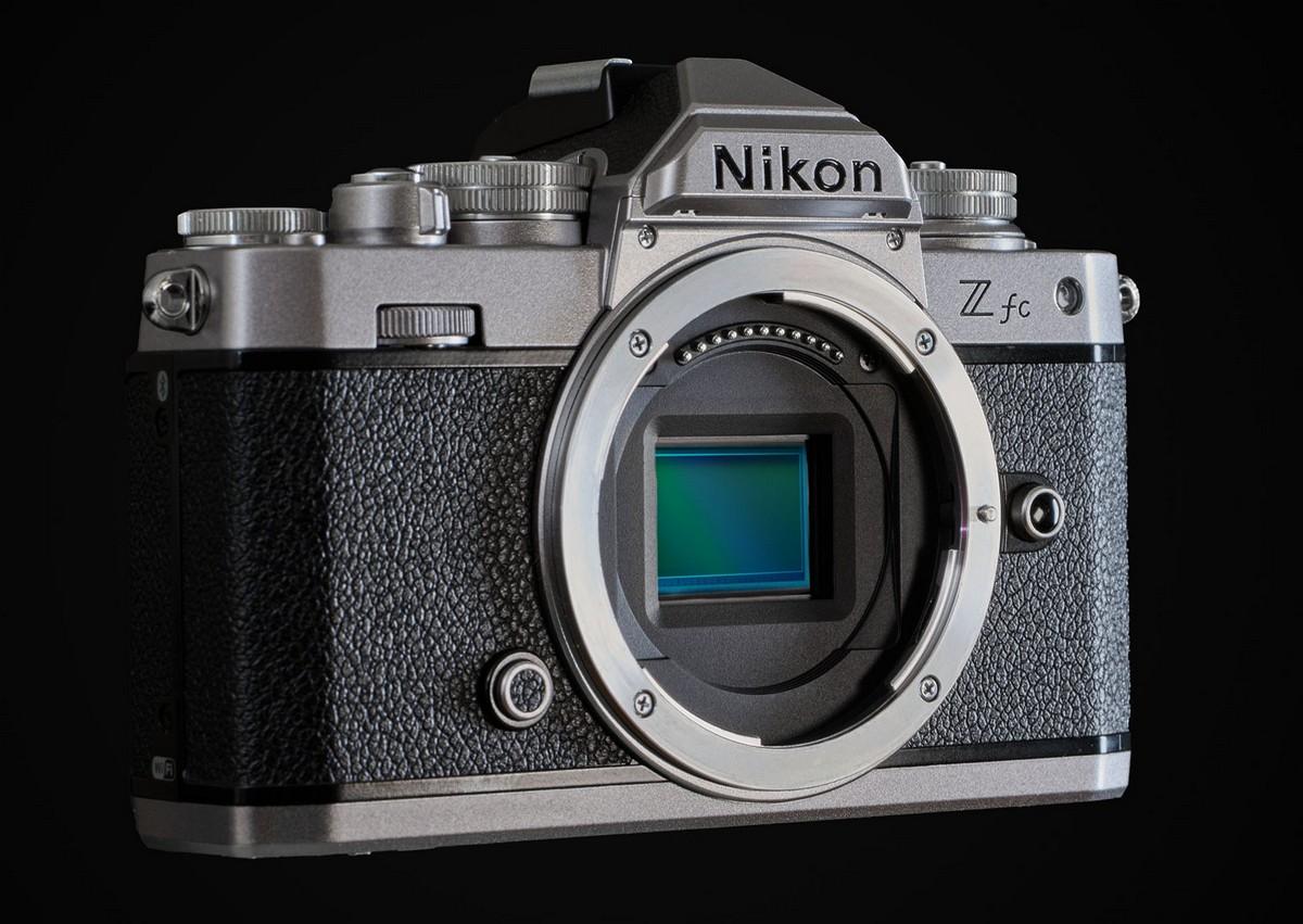 Безогледален фотоапарат Nikon Z fc. Foto 1